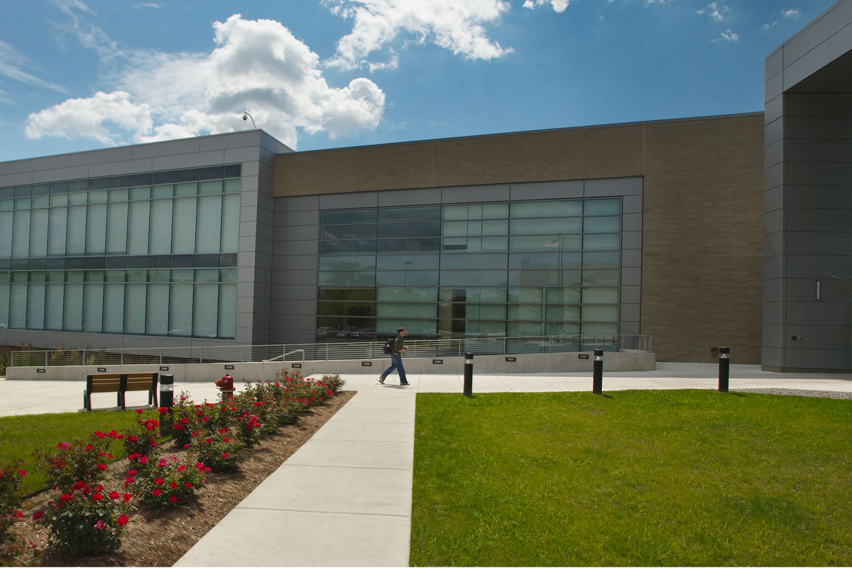 Entry into WMU-Cooley Auburn Hills campus